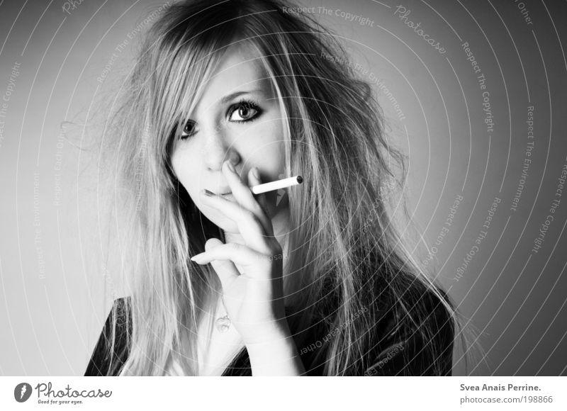 Montag pure Dröhnung Lifestyle elegant Stil Design feminin Junge Frau Jugendliche Gesicht Auge 1 Mensch 18-30 Jahre Erwachsene Jacke Haare & Frisuren blond