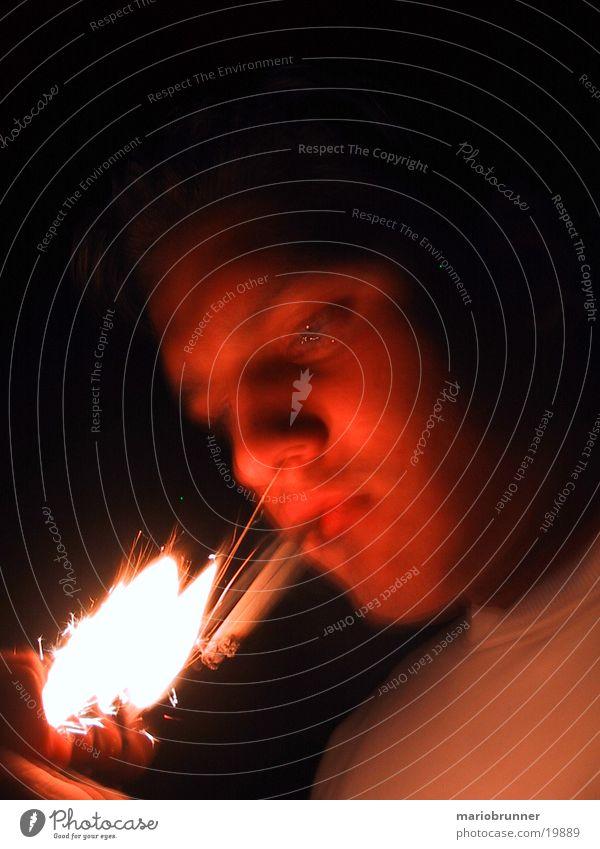 man_with_lighter Mann Brand Rauchen Zigarette Feuerzeug