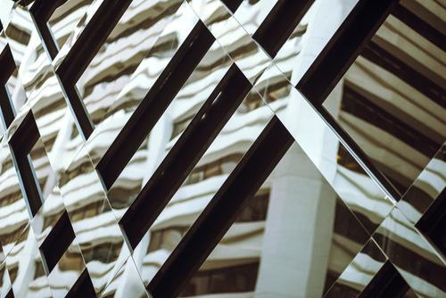 Die Gebäudereflexion in den Fenstern Ferien & Urlaub & Reisen Landschaft Haus Architektur Straße Leben Tourismus Fassade Ausflug Büro modern Aktion Asien