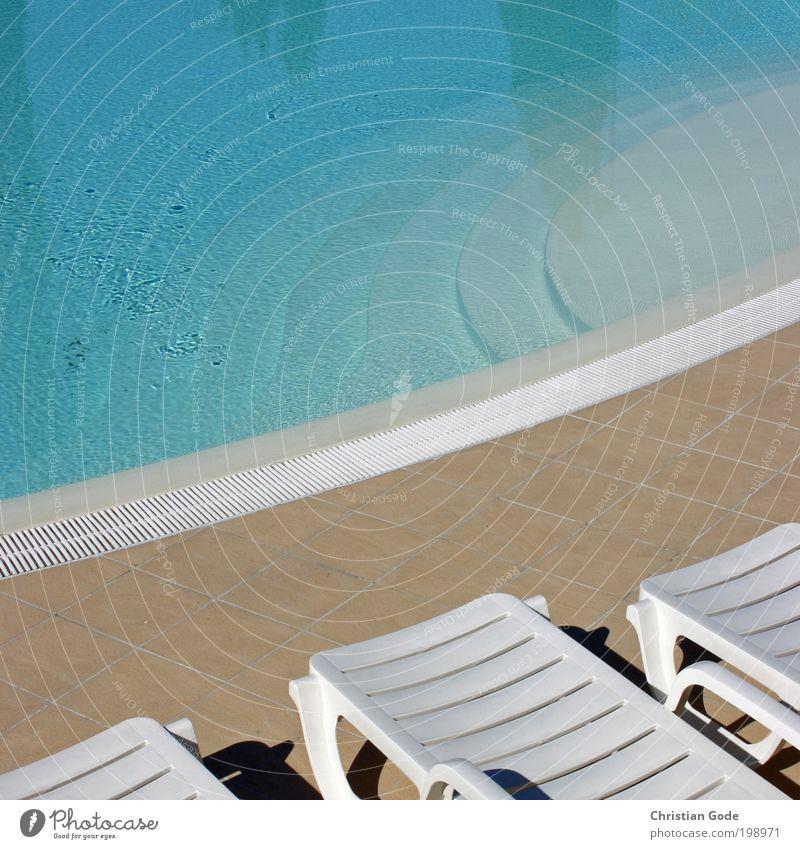Pool blau weiß Ferien & Urlaub & Reisen Sonne Meer Sommer Strand Stil Freizeit & Hobby nass Treppe Ausflug Tourismus Boden Lifestyle rund