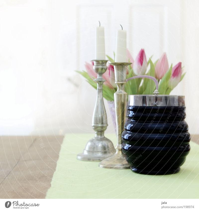 gute stube weiß grün Tod Holz hell Raum glänzend Wohnung rosa elegant Tisch ästhetisch Kerze Kitsch Dekoration & Verzierung Möbel