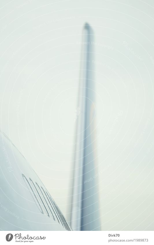 Finne. Ferien & Urlaub & Reisen Tourismus Ferne Sightseeing Luftverkehr High-Tech Verkehr Verkehrsmittel Flugzeug Passagierflugzeug Flughafen Boeing 747