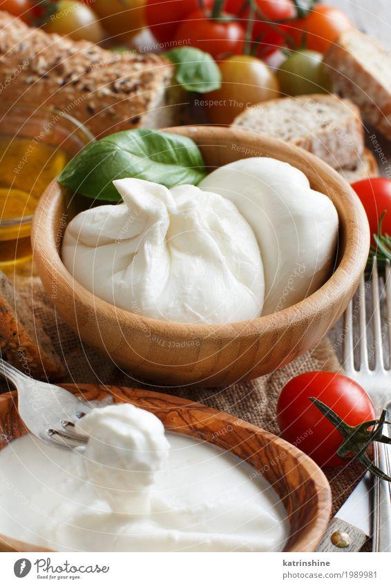 grün weiß rot dunkel hell Ernährung weich Kräuter & Gewürze Gemüse Tradition Brot Mahlzeit Vegetarische Ernährung Tomate rustikal Gabel