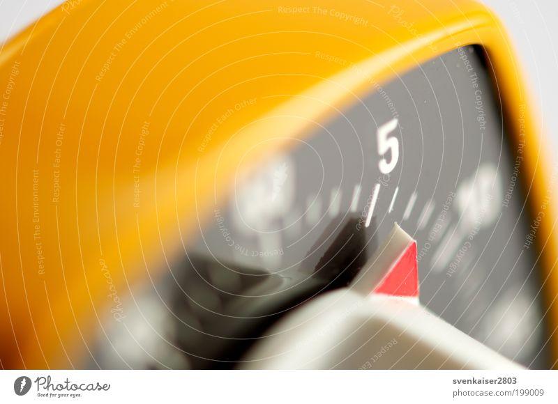5 vor Null Ernährung Wecker kochen & garen Design Innenarchitektur Uhr Küche Restaurant ausgehen Elektrisches Küchengerät Kunststoff drehen laufen alt gelb rot