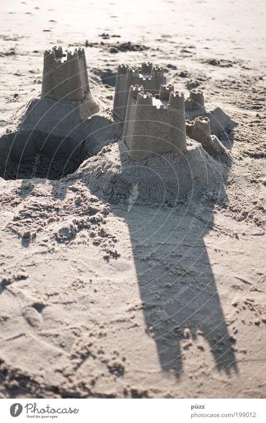 Sandburg Ferien & Urlaub & Reisen Tourismus Sommer Sommerurlaub Sonne Strand Meer Nordsee braun Freizeit & Hobby Freude Idee Kindheit Sandstrand Spielen