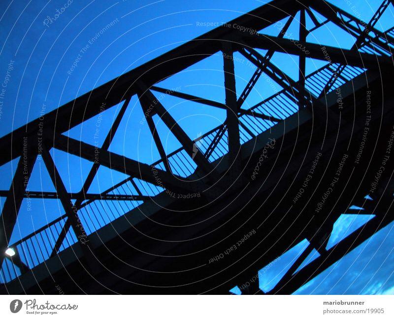 m_bridge Brücke Stahl Stahlträger Stahlbrücke