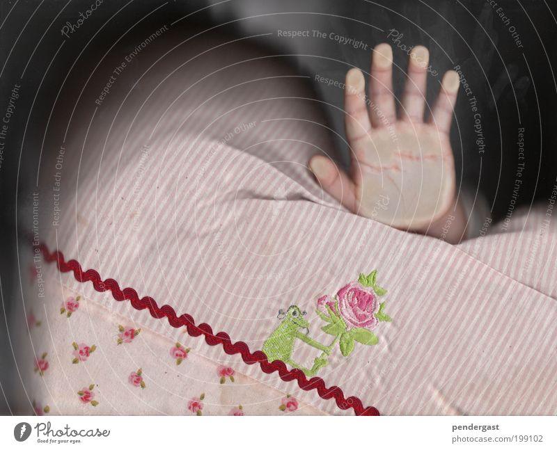 flache hand Mensch Kind Hand rosa Stoff berühren Kleinkind Kissen 1-3 Jahre