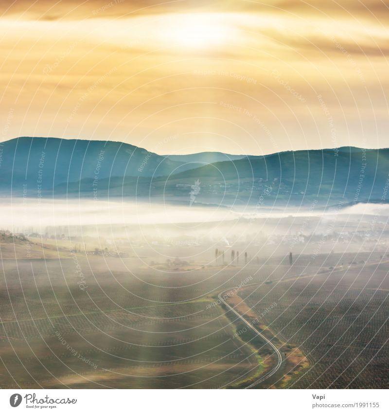 Himmel Natur Ferien & Urlaub & Reisen blau Sommer Farbe grün weiß Sonne Landschaft Wolken Berge u. Gebirge schwarz Umwelt gelb Wege & Pfade