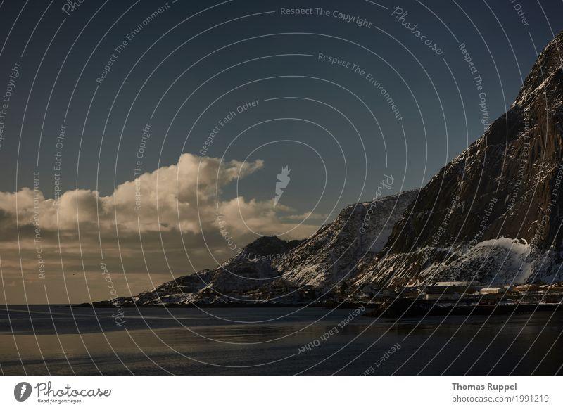 Lofoten Ferien & Urlaub & Reisen Ausflug Abenteuer Winterurlaub Natur Landschaft Wasser Wolken Küste Seeufer Strand Bucht Nordsee Meer Norwegen Norwegenurlaub