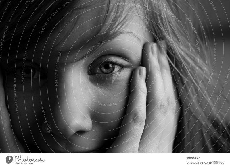 Guten Morgen! Mensch Jugendliche schön Erwachsene Gesicht Auge feminin Leben Kopf Haare & Frisuren Glück Denken träumen Haut natürlich