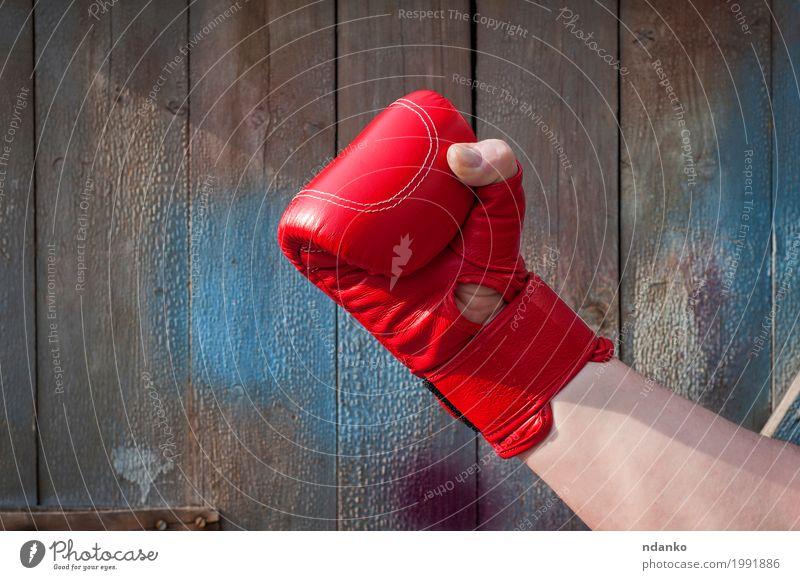 Mensch Mann alt blau Hand rot Erwachsene Sport Holz Körper retro Kraft Erfolg Finger Fitness stark