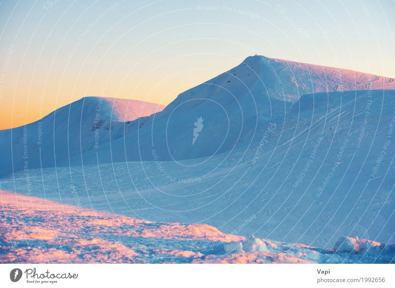 Sonnenuntergang in Winterbergen Himmel Natur Ferien & Urlaub & Reisen blau weiß Landschaft rot Wolken Berge u. Gebirge Umwelt gelb natürlich Schnee Tourismus