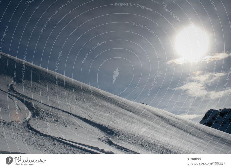 powderturns Natur Ferien & Urlaub & Reisen blau Sonne Freude Winter kalt Berge u. Gebirge Schnee Lifestyle Freiheit Freizeit & Hobby Tourismus Gipfel Alpen Spuren