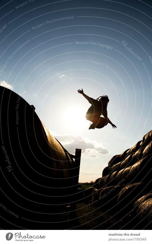 VON A NACH B Mensch Himmel Natur Jugendliche blau Pflanze Sommer Erwachsene Umwelt Landschaft Bewegung springen Stil Horizont Feld elegant