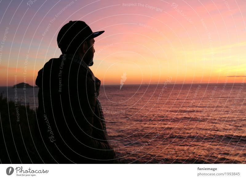 Enjoying the sunset Mensch Himmel Natur Ferien & Urlaub & Reisen Jugendliche Mann Sommer Sonne Junger Mann Landschaft Meer Erholung ruhig Freude 18-30 Jahre