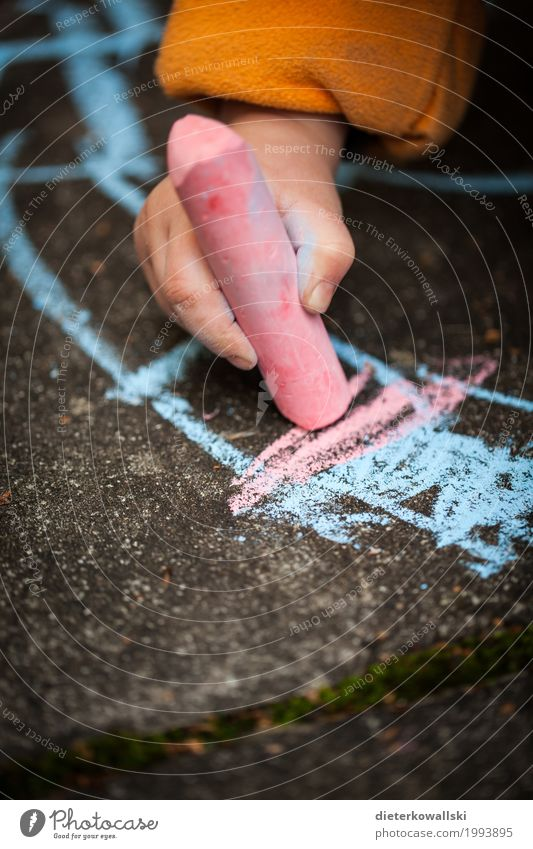 Malen II Kind schön Freude Spielen Glück rosa Zufriedenheit Kindheit Fröhlichkeit lernen Lebensfreude Zeichen malen schreiben Bildung zeichnen