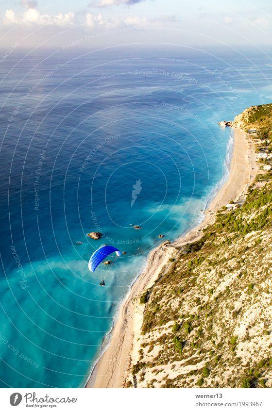 Paragleiten in Lefkada Ferien & Urlaub & Reisen Sommer Wasser Landschaft Meer Freude Umwelt Lifestyle Sport Küste Tourismus Schwimmen & Baden fliegen