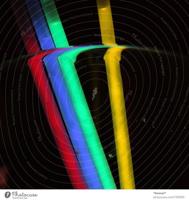 lights II blau grün Wasser rot gelb Linie glänzend Design leuchten Dekoration & Verzierung Textfreiraum stehen nass Kitsch Kunststoff Flüssigkeit