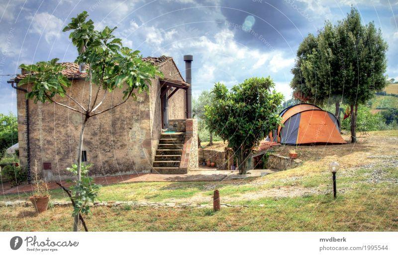 Zelt auf einem Bauernhof in Toskana, Italien Ferien & Urlaub & Reisen Tourismus Sommer Winter Schnee Haus Landschaft Himmel Baum Gebäude Architektur Holz alt