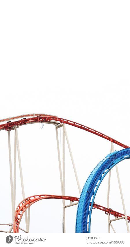 auf und ab Freizeit & Hobby Ausflug Vergnügungspark oben unten blau rot weiß Gefühle Freude Glück Fröhlichkeit Bewegung Achterbahn abstrakt Bildausschnitt