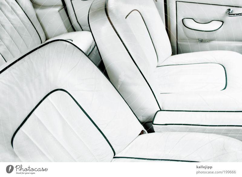 get out of my car Lifestyle elegant Stil Design Fahrzeug PKW fantastisch gigantisch Originalität reich retro seriös Reinlichkeit Sauberkeit Reinheit Hochmut