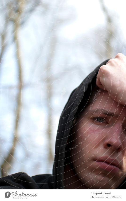 Was bleibt am Ende? maskulin Junger Mann Jugendliche Erwachsene Kopf Auge Mund 1 Mensch 18-30 Jahre Traurigkeit Sorge Trauer Liebeskummer Zukunftsangst