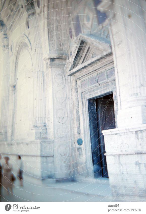 Tilly Masterson Ferien & Urlaub & Reisen träumen Kirche historisch Eingang Dom Sightseeing Gotteshäuser Besichtigung Basilika