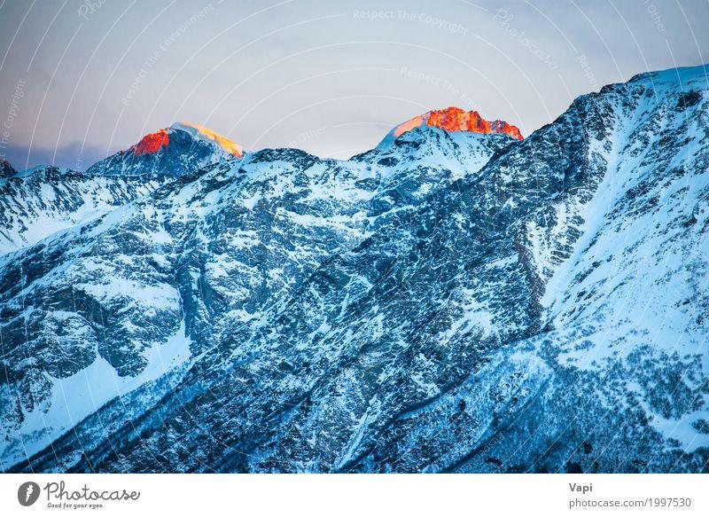 Sonnenuntergang über den Winterbergen Himmel Natur Ferien & Urlaub & Reisen blau Farbe weiß Landschaft rot Berge u. Gebirge Umwelt gelb natürlich Schnee