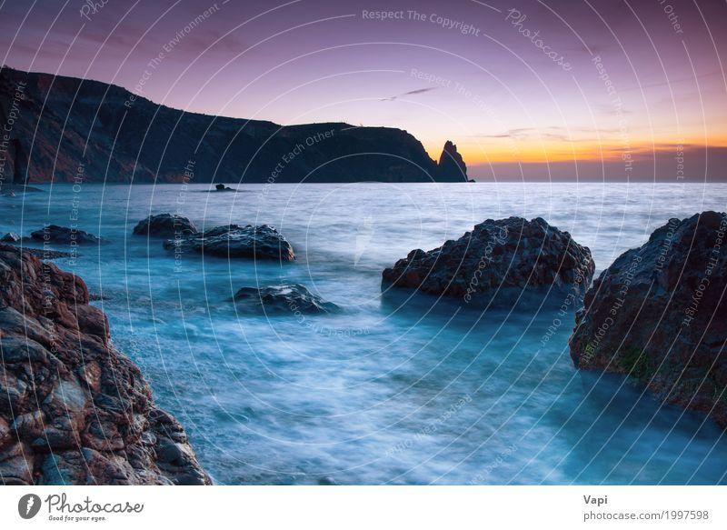 Seesonnenuntergang auf dem Strand mit Felsen Himmel Natur Ferien & Urlaub & Reisen blau Sommer Farbe Wasser weiß Sonne Landschaft Meer rot Wolken