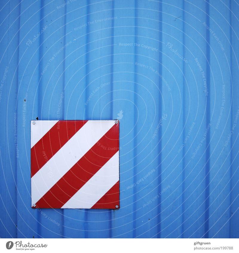 streifenkombination weiß blau rot Schilder & Markierungen Streifen Hinweisschild diagonal Warnhinweis Container vertikal gestreift Hinweis Warnung markant
