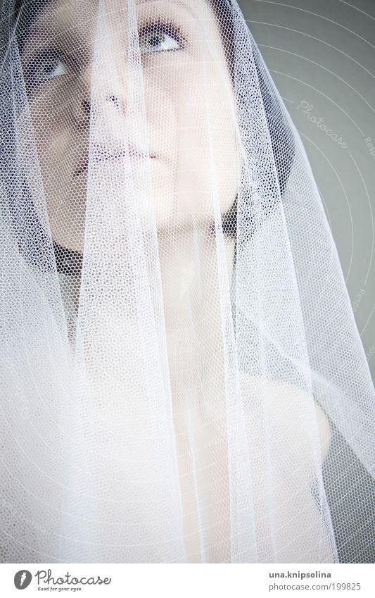 mariée schön feminin Junge Frau Jugendliche Erwachsene 1 Mensch 18-30 Jahre Mode Bekleidung Accessoire träumen weiß Braut Schleier verkleiden Kostüm Tarnung
