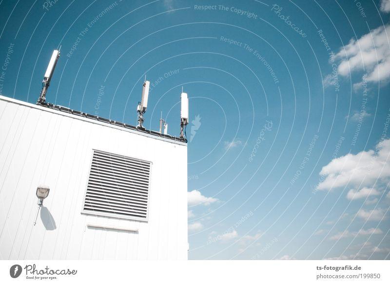 Babel Himmel Wolken Wand Mauer Internet Industrie Netzwerk Zukunft Technik & Technologie Kommunizieren Dach Telekommunikation Kontakt Strahlung Mobilität