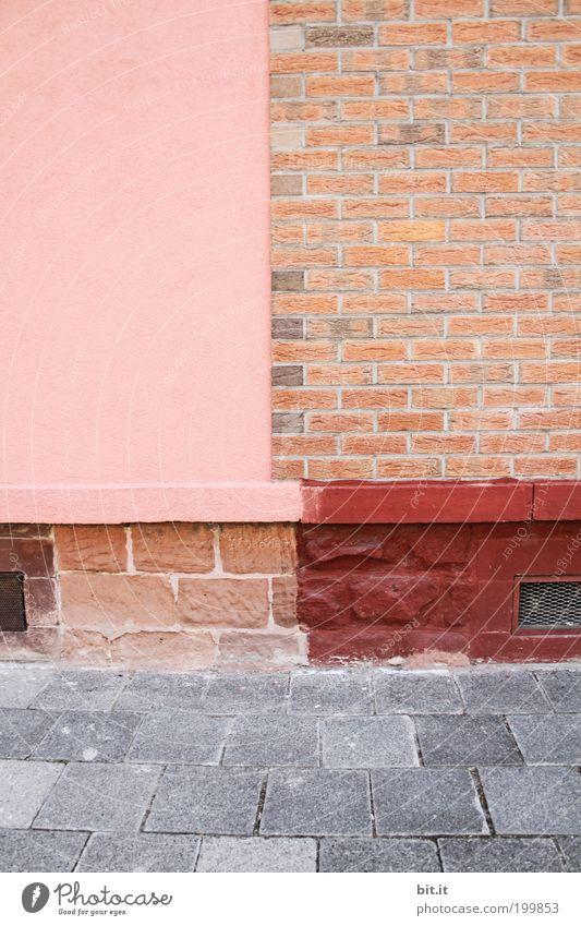 irgendwo in Oggersche...[LUsertreffen 04|10] rot Haus Wand grau Stein Mauer Gebäude Linie Architektur rosa Hintergrundbild Beton Fassade Ecke Streifen Backstein