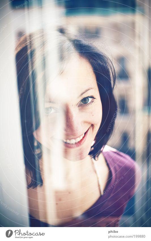 6 Mensch Jugendliche blau schön Freude Gesicht Leben feminin Kopf Haare & Frisuren Glück Erwachsene hell Fröhlichkeit retro