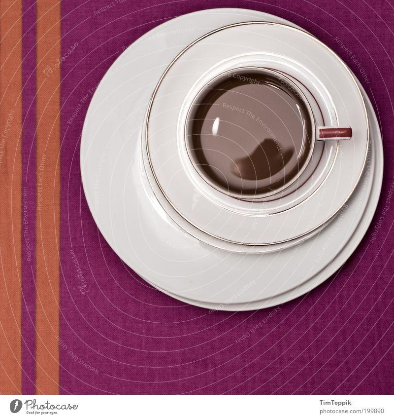 Bei Oma weiß Linie orange Tisch Kreis Getränk Kaffee Pause violett Dekoration & Verzierung Streifen Geschirr Tasse Stillleben Teller Geometrie