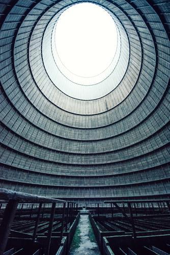 inside the cooling tower [6] Energiewirtschaft Kernkraftwerk Kohlekraftwerk Industrie Menschenleer Industrieanlage Fabrik Turm Bauwerk Gebäude Architektur