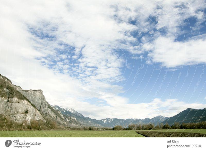 Wo Heidi wohnt! Himmel Natur Wolken ruhig Erholung Umwelt Berge u. Gebirge Gras Frühling Felsen Feld Tourismus Alpen Idylle Gipfel Landwirtschaft