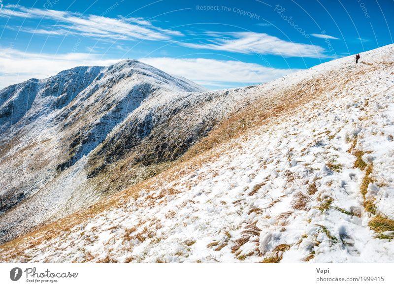 Weiße Gipfel der Berge im Schnee Mensch Himmel Natur Ferien & Urlaub & Reisen Mann blau schön weiß Landschaft Wolken Ferne Winter Berge u. Gebirge schwarz