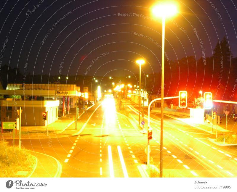 Lebende Stadt Einsamkeit Ferne Verkehr Geborgenheit Nachtleben Nacht Stimmungsbild
