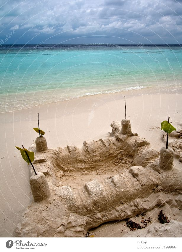 Sandburg Himmel Natur Wasser Ferien & Urlaub & Reisen Sommer Meer Strand Wolken ruhig Erholung Umwelt Landschaft Spielen Zufriedenheit Ausflug