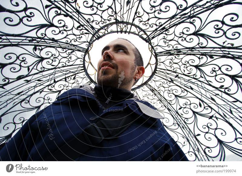 Ihre Heiligkeit Mann Denken Himmel (Jenseits) Religion & Glaube Metall Schmerz Jacke heilig Idee Gedanke Geländer Mensch Jesus Christus Gott Christentum