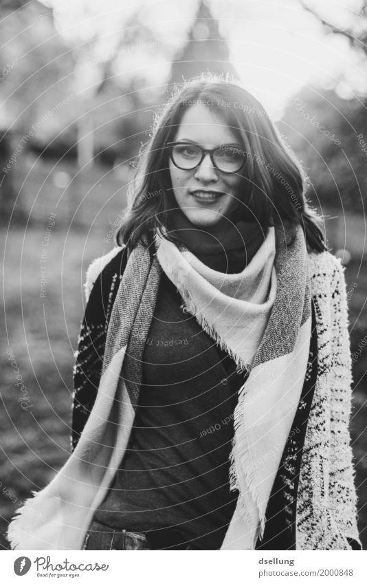 sundance b/w. Mensch Junge Frau schön 18-30 Jahre Erwachsene Lifestyle Bewegung feminin Stil Mode elegant modern ästhetisch Tanzen Bekleidung Coolness