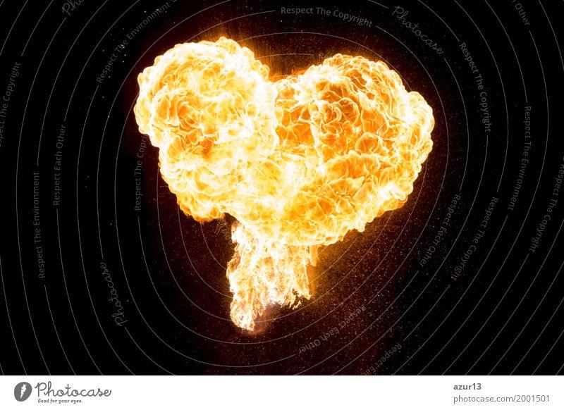 Brennende Liebe als glühendes schönes Herz aus Feuer und Flamme Wellness Flirten Valentinstag Muttertag Hochzeit Energiewirtschaft Erneuerbare Energie