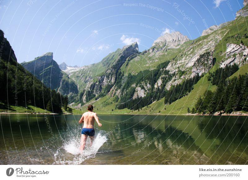 Los, Männer, VATERTAG! Natur Jugendliche Wasser grün Sommer Freude Ferien & Urlaub & Reisen kalt Berge u. Gebirge See Landschaft Beine Gesundheit Erwachsene laufen nass