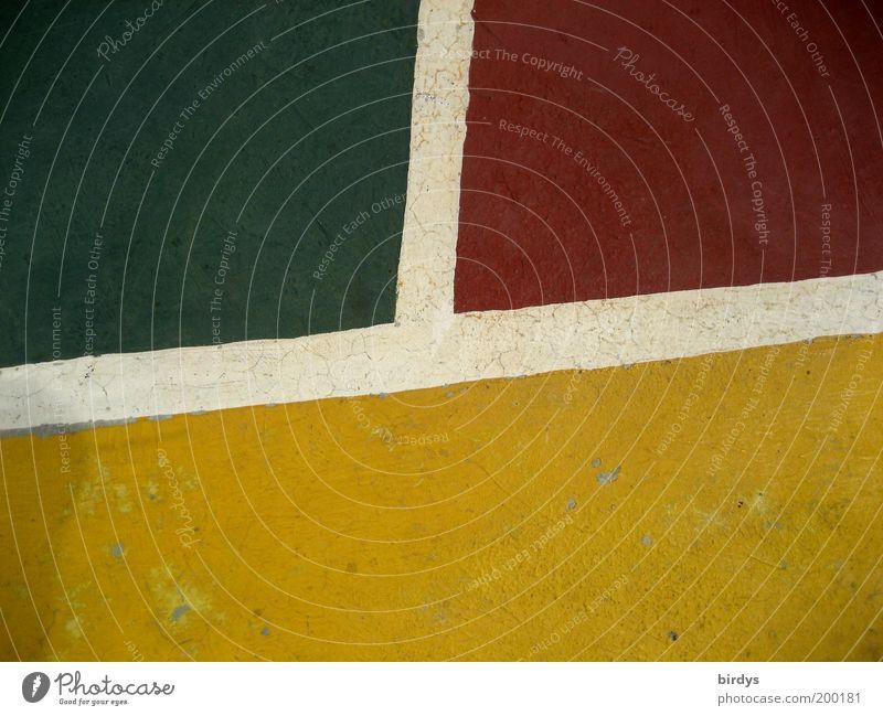 Tres colores Sportstätten gelb grün rot weiß ästhetisch Design Kreativität Spielfeld Farbfeld Trennlinie Textfreiraum unten Basketballplatz Spielfeldbegrenzung
