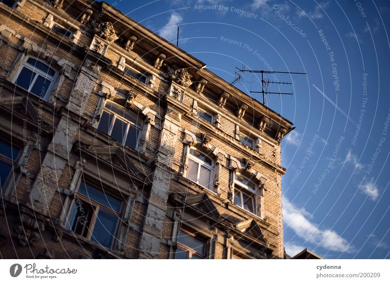 [HAL] Abendstimmung Himmel schön Leben Fenster Freiheit Stil Architektur träumen Zeit Fassade Design Lifestyle Häusliches Leben einzigartig Wandel & Veränderung
