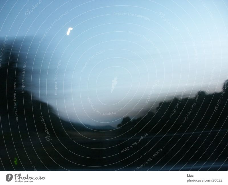 Highspeed am Mond vorbei Landschaft Verkehr Geschwindigkeit