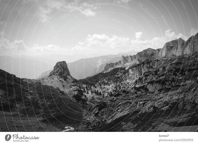Hiking in Rofan mountain Natur Ferien & Urlaub & Reisen Sommer retro altehrwürdig Österreich Bundesland Tirol Grunge Achensee Brandenberger Alpen