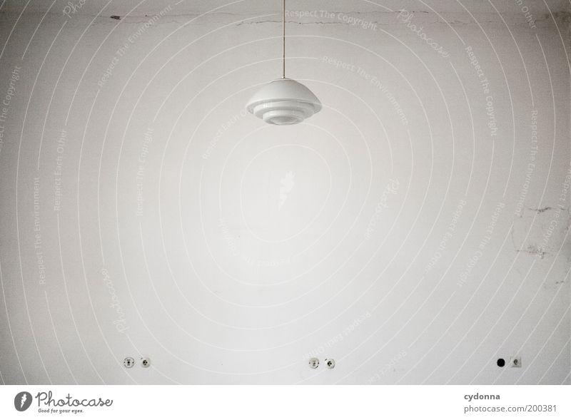 [HAL] Weiss ruhig Einsamkeit Lampe Leben Raum planen Design Zeit Lifestyle Zukunft Häusliches Leben Vergänglichkeit geheimnisvoll Innenarchitektur Umzug (Wohnungswechsel) Vergangenheit