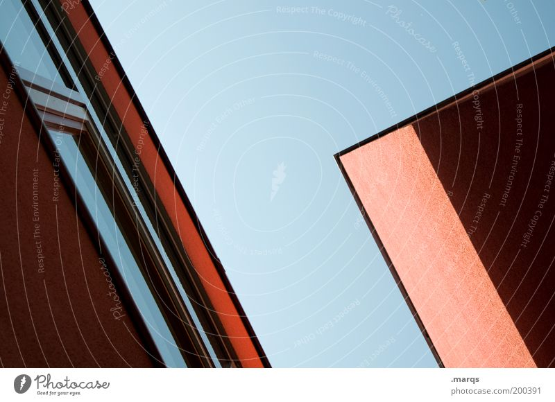 Rothaus blau rot Haus Fenster Architektur Stil Gebäude Fassade hoch Design modern Häusliches Leben Konstruktion parallel Symmetrie